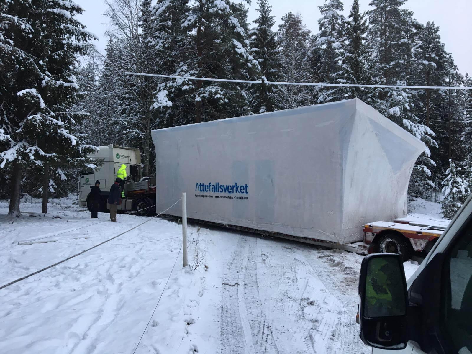 Transport av Attefallshus i vinterväglag