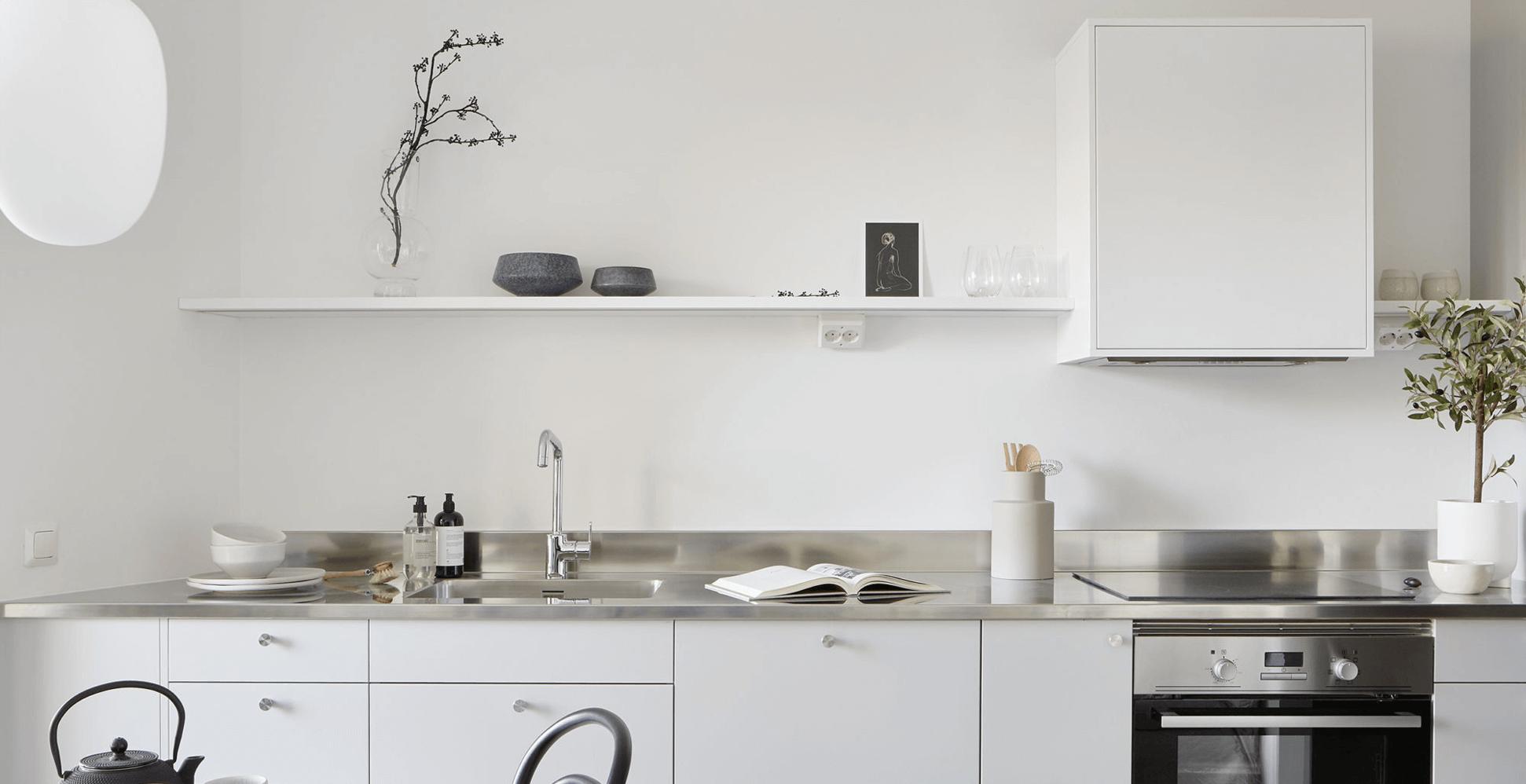 Vitt kök Fritidshus Husverket
